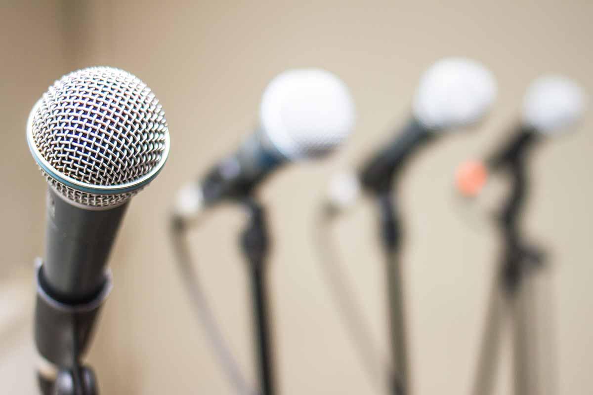 Аренда ручных микрофонов